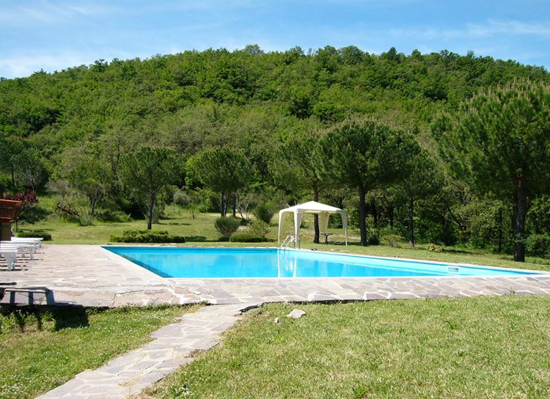 piscina_agriturismo_Umbria